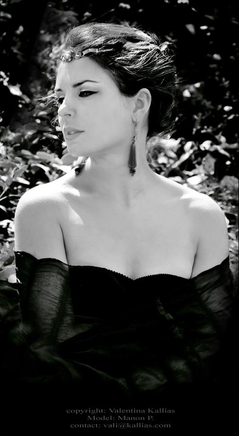 Classic portrait - Manon by ValentinaKallias