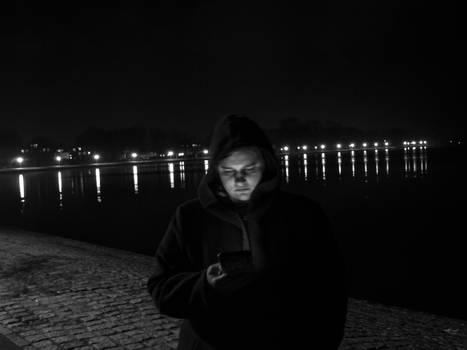 Lisa at night (longexposure)