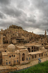 Stone Houses of Mardin by tiptopland