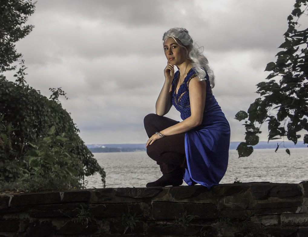 Not a Queen, but a Khaleesi: Daenerys Cosplay GoT by audrey-vista
