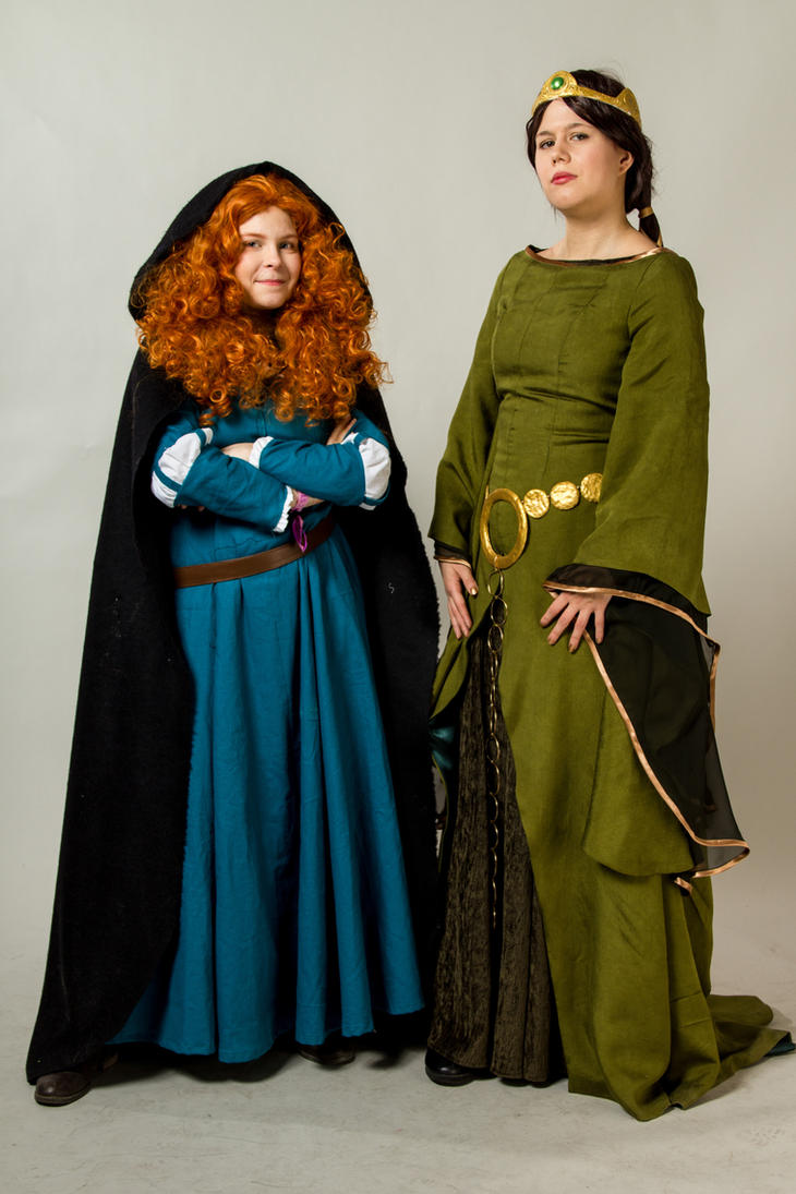 Merida and Elenor by SaaraZ