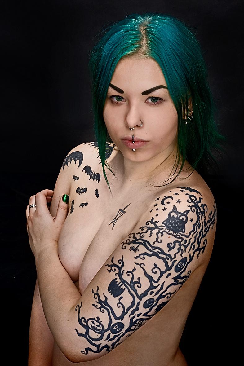 Tattooed woman n0. 4. by MoiraHermione