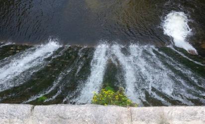 dam 2 by luciferusss