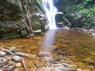 Kamienczyk waterfall 2 by luciferusss