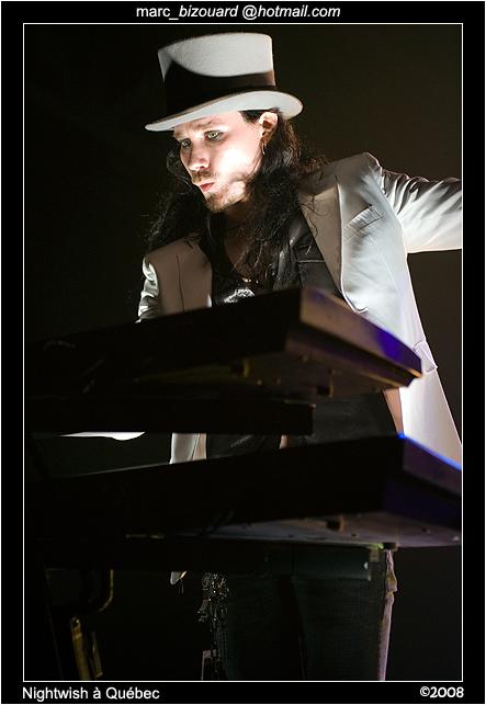 http://fc02.deviantart.com/fs31/f/2008/197/7/e/Nightwish___QC___08_by_chairshotmyu.jpg