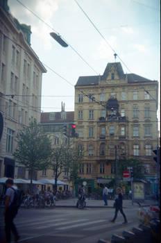 Wien in Holga 135BC: No Ordinary Traversal