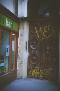 Wien in Holga 135BC: Invitation