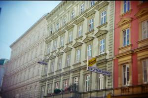 Wien in Holga 135BC: Coppola