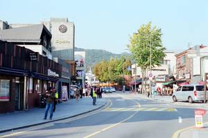 Jongno Days: Samcheongdong Streets by neuroplasticcreative