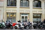 Paris Beaubourg: HINTHUNT