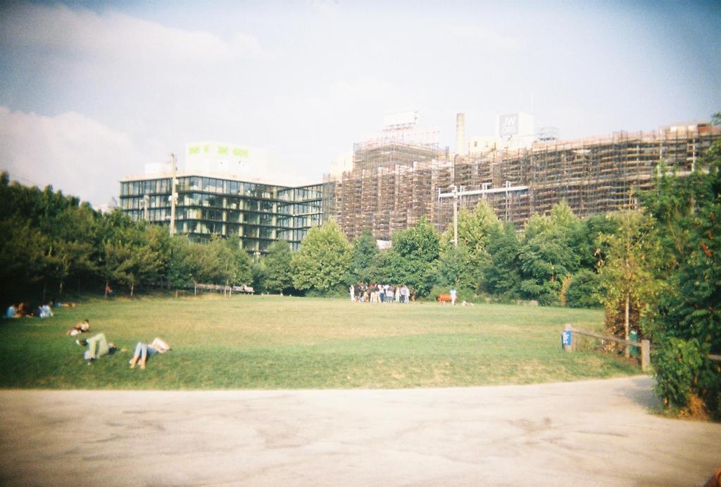 Brooklyn in Color: Summer Break by neuroplasticcreative