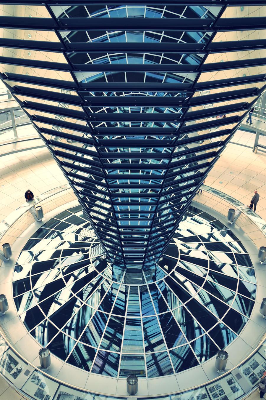 Berlin - Reichstagskuppel 2 by dunkeltoy