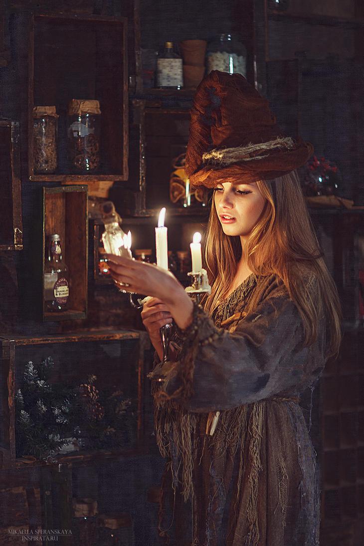 Witch Hour by rainris