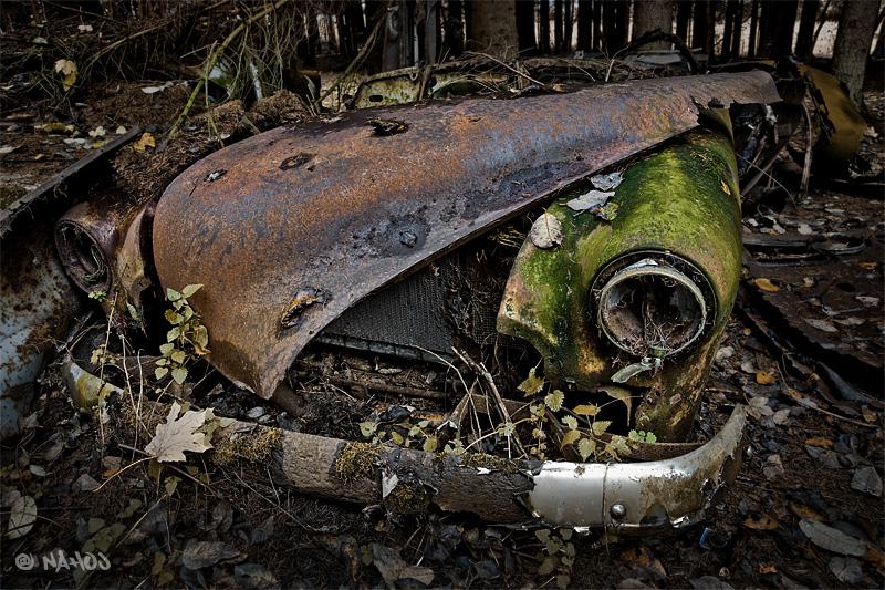Car wreck by nahojsennah