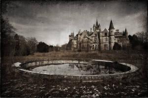 Chateau Noisy / Miranda by nahojsennah