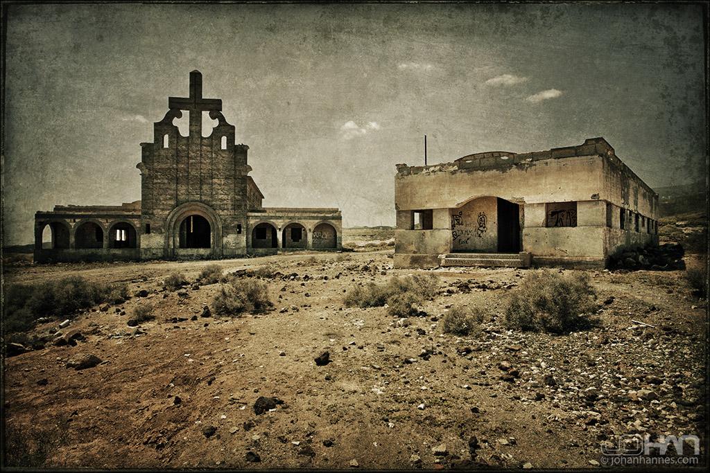San Lazarro Ghosttown by nahojsennah