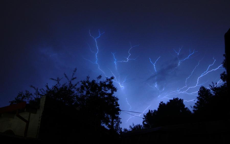 sheet lightning
