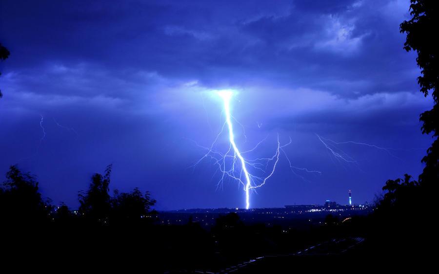 Lightning Bolt By NagWolf