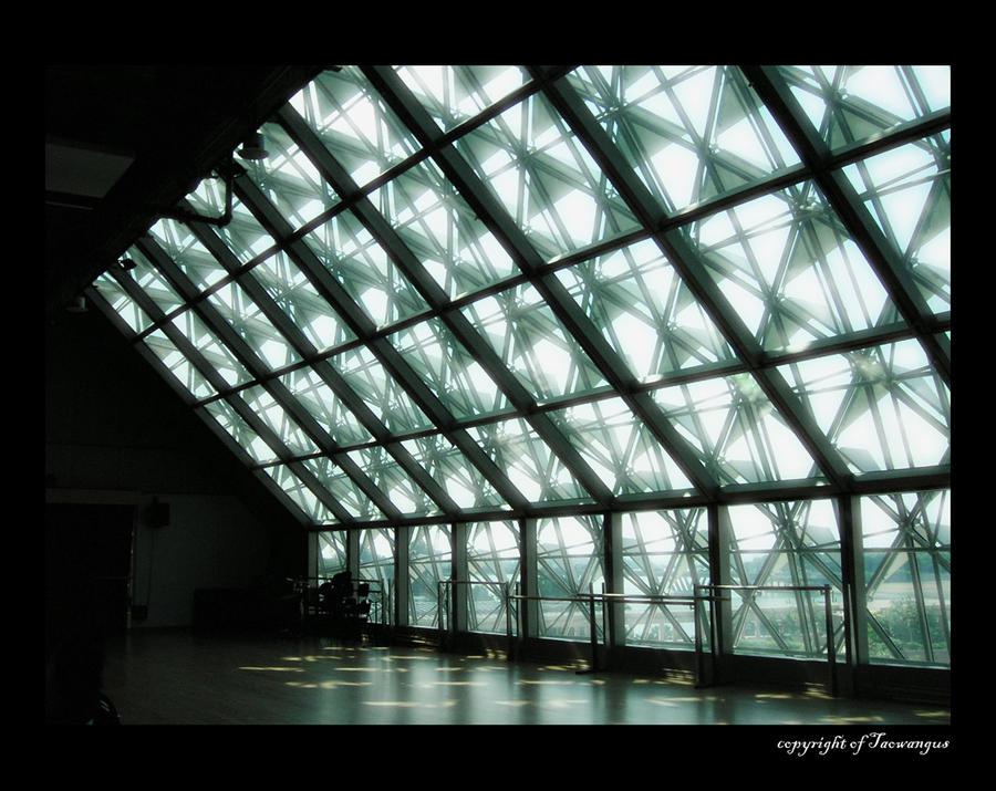 Dancing Studio in Esplanade by taowangus