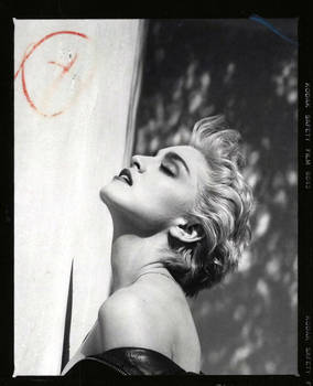 Madonna by Herb Ritts - True Blue: 1986