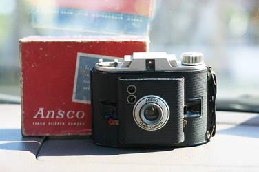 1940-1950 Ansco Flash Clipper by aseashelltoyourear