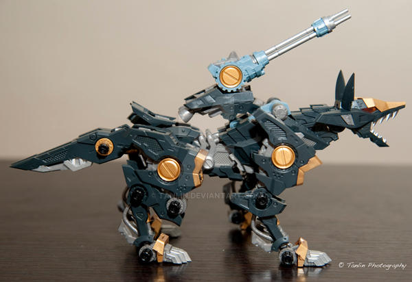 HMM Zoids - Shadow Fox by tanlin
