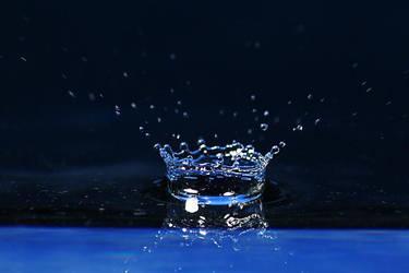 waterdrop by photonensauger