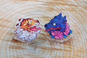 tiger and wolf pins brooches