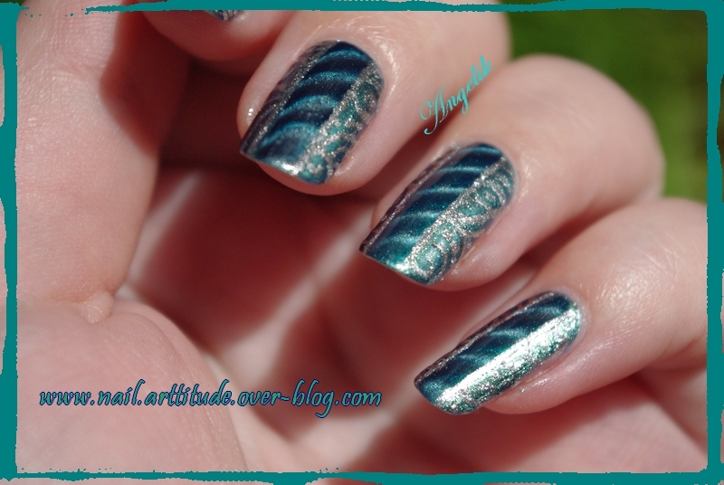 Nail Art Vert a bande magnetique by Angelik23