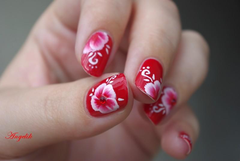 Nail art : Poppy reversed by Angelik23
