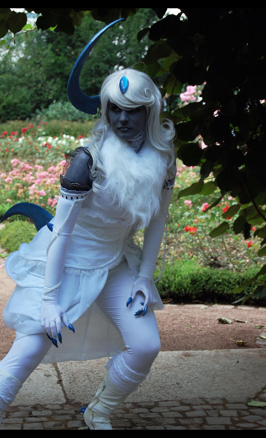 Connichi 2011: Absol by GilbertsBeer on DeviantArt