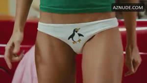 Jessica alba's Penguin panties