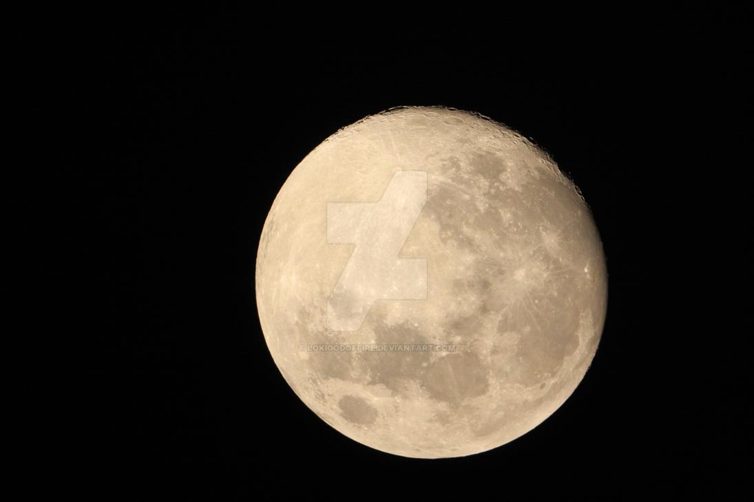 Księżyc w pełni - astrofotografia