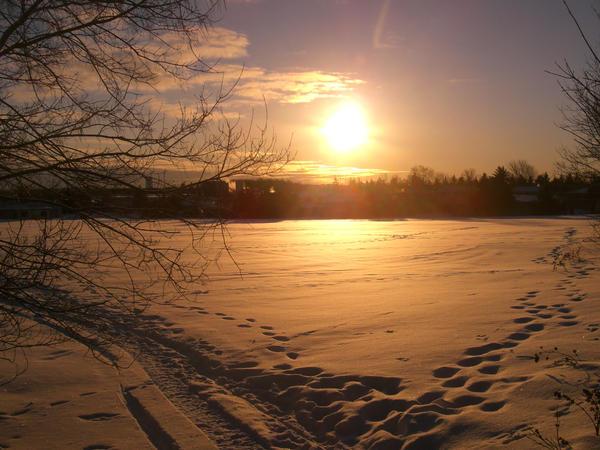 Sunrise by Razi-Raven