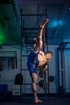 Renars Lat Fitness Shoot High Kick