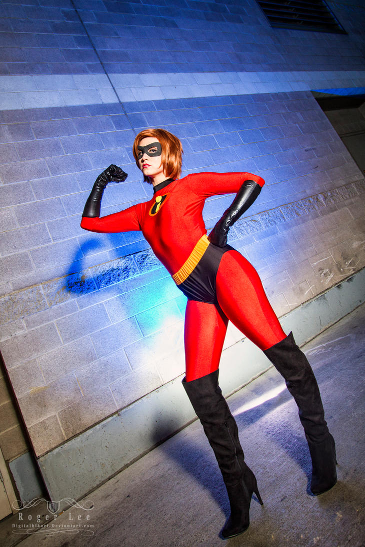 Mrs. Incredible by NovemberCosplay