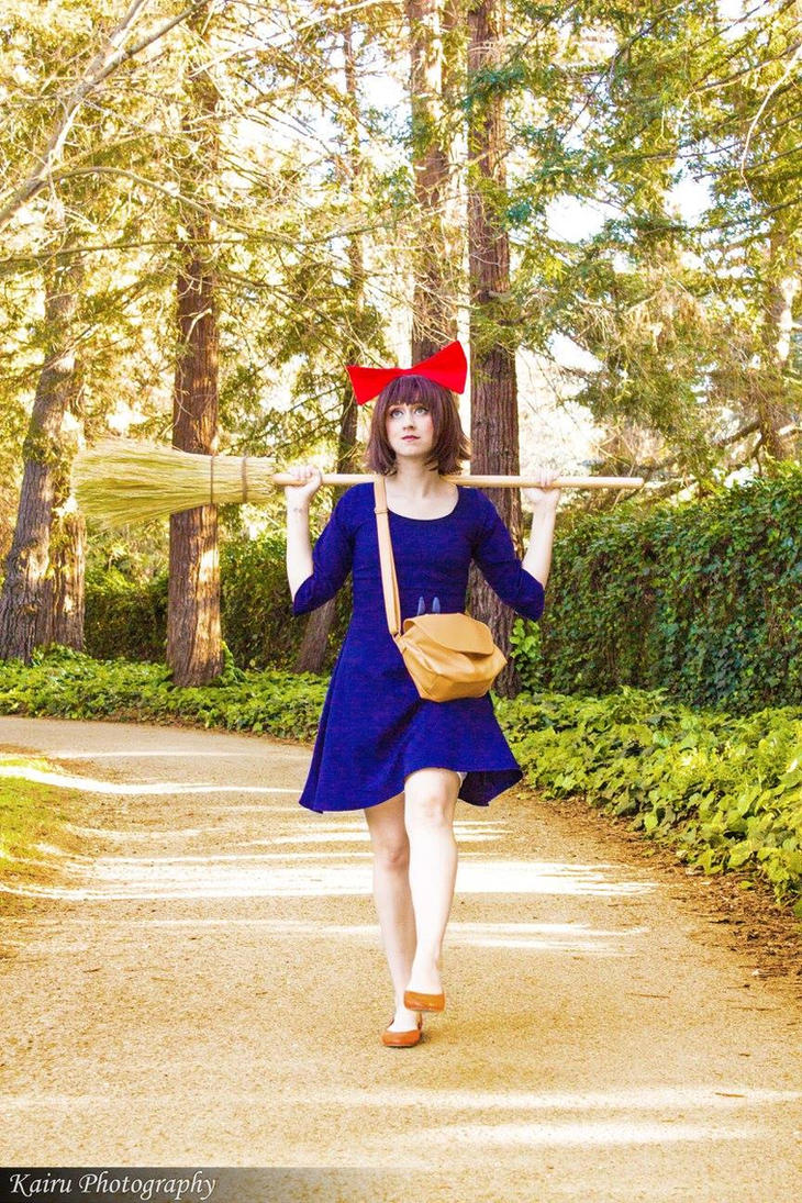 Kiki's Delivery Service by NovemberCosplay