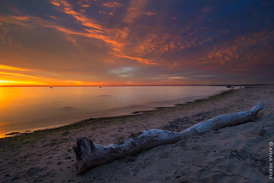 Beach by aivarz
