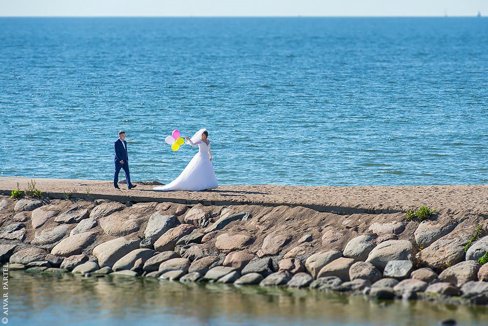 Wedding day by aivarz