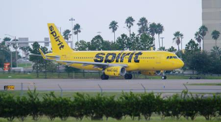 Spirit Airbus A320-232(WL) by AnthonyC12