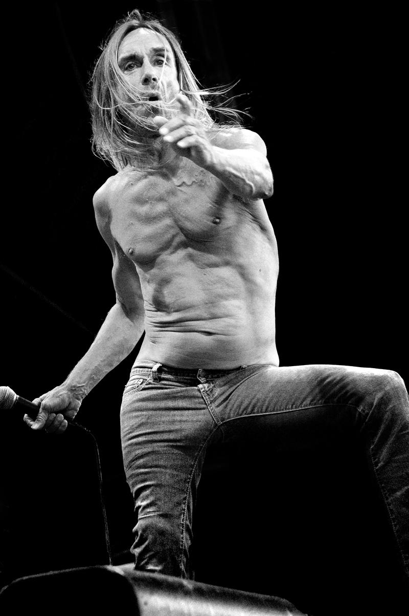 Ladies, do you like muscular men? (long, guys, girls, male