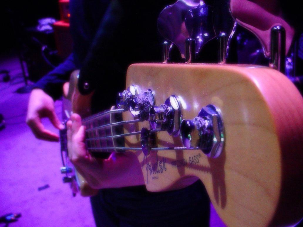 Fender Bass by RainyDayRunning