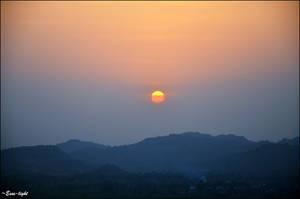 Indian sunrise by Esse-light