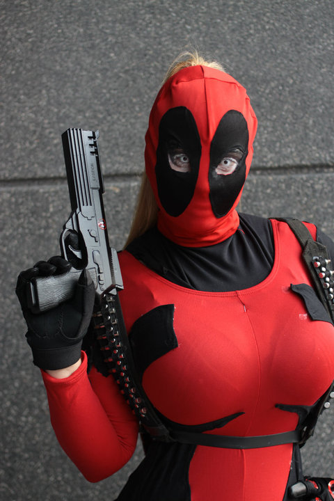 Lady Deadpool IV by versidian