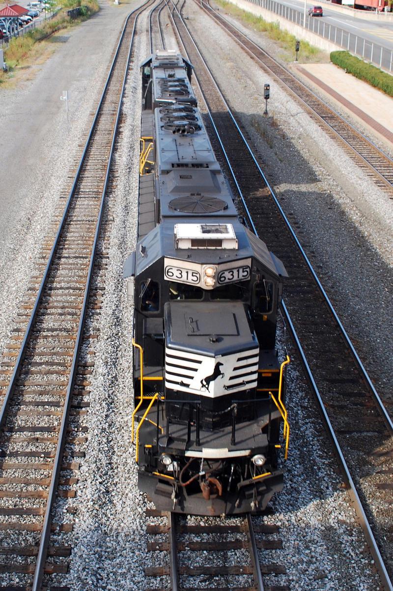 NS II 9-7-10 by the-railblazer