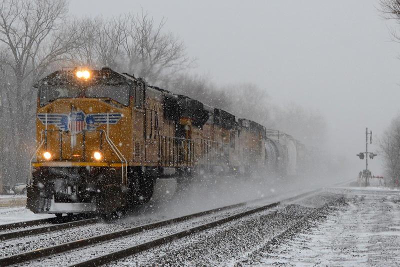 UP 35E 1-17-12 by the-railblazer