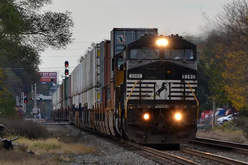 NS and UP 24Z 10-19-14 by the-railblazer