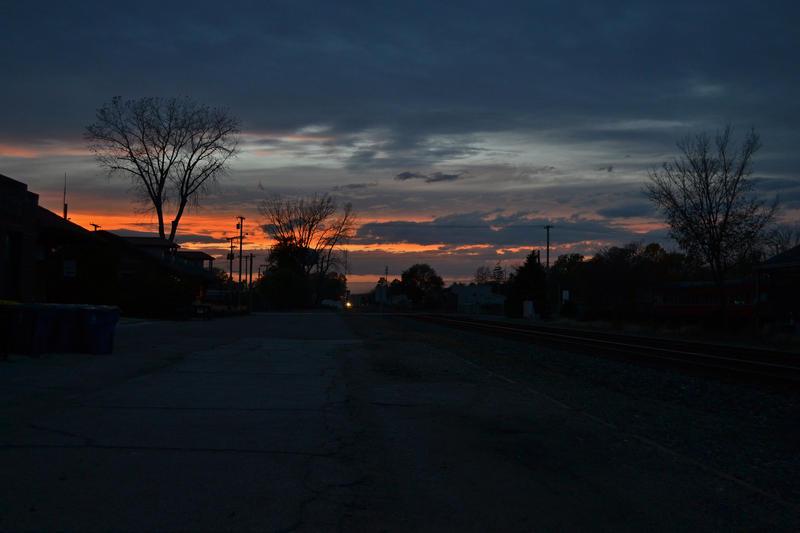 Evening Sky at Chesterton 10-23-14 by the-railblazer