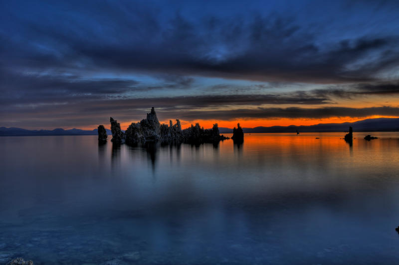 Mono Lake Sunrise 3 by merzlak