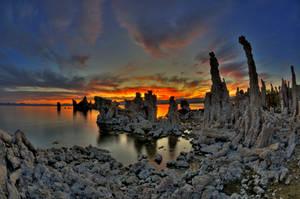 Mono Lake Sunrise 4 by merzlak
